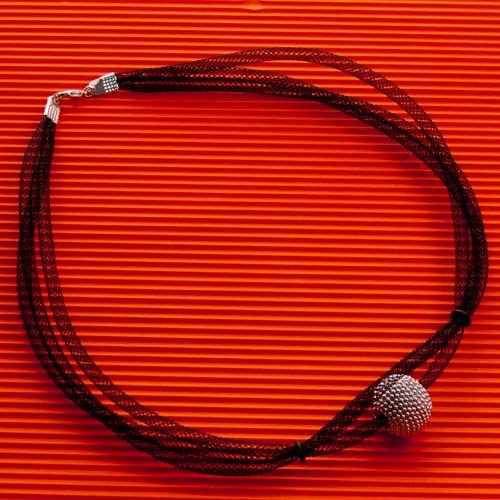 COLLAR DE MALLA. Bisutería artesana Lárandon